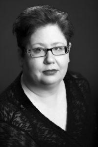 Headshot of Saundra Mitchell